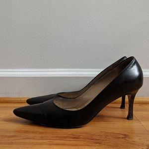 Manolo Blahnik black pointed toe heels Size 39.5